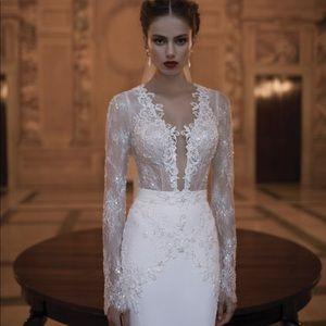 Beautiful Berta Bridal Gown 💞👰🏻